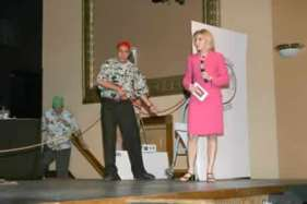 Mustapha Ajbaili as Arnold Schwartzeneger and Cassandra Garnas as Jane Pauley.